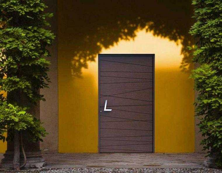 Special constructions in  Doors
