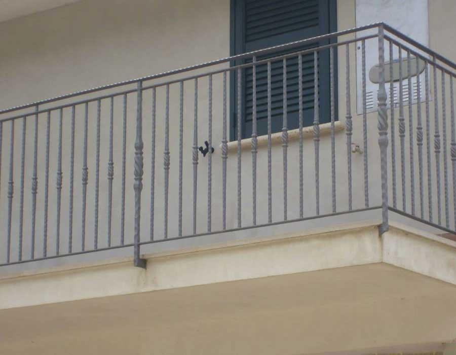 Iron railings for verandas, balconies